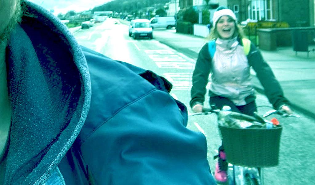 SYD Rinding a bike